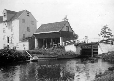 Bosmere Mill & Cartlodge
