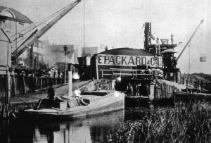 054 Packards loading wharf Bramford