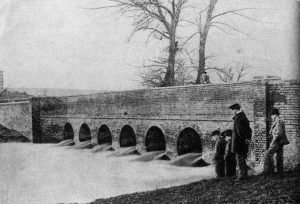 088 7 Arch Bridge (later London Road bridge)