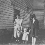 029 The last residents of Creeting Mill (1932)