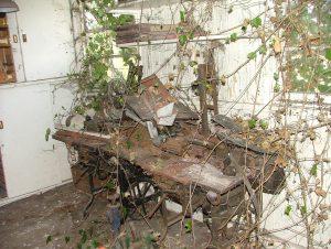 005 Site hut clearance